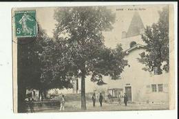 Rovon  38    La Place De L'Eglise  Animée Et La Fontaine - Francia