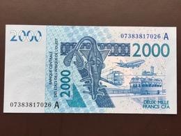 WEST AFRICAN STATES P116Aa 2000 FRANCS 2003 UNC - Westafrikanischer Staaten