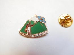 Beau Pin's En EGF , Entreprise Da Cunha , Peinture Et Vitrerie , Cournon D'Auvergne , Puy De Dôme - Städte