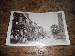 Carte Postale Ancienne Photo De High Street, Newport, Carte Très Animée, Daté 1910 - Angleterre
