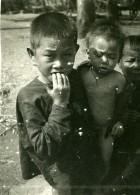 Vietnam Saigon Scene De Rue Jeunes Enfants Garcons Old Photo 1935 - Anonymous Persons