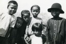 Vietnam Saigon Scene De Rue Jeunes Enfants Garcons Et Filles Old Photo 1935 - Anonymous Persons