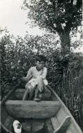 Vietnam Saigon Enfant Jeune Garcon Dans Une Barque Old Photo 1935 - Anonymous Persons