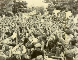 USA Sacramento Manifestation Antimilitariste Anti Nixon Ancienne Photo 1970 - Places