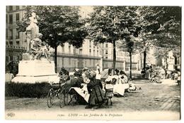 CPA 69 LYON Jardins De La Préfecture (belle Animation) - Lyon