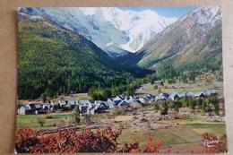 CASSET - Vue Du Village Dans La Vallée Du Lautaret ( 05 Hautes Alpes ) - Autres Communes