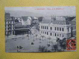 BELFORT. La Place De La République. - Belfort - Ciudad