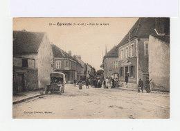 Egreville. Rue De La Gare. Automobiles D'époque. Epicerie La Ménagère Française. (3008) - Autres Communes