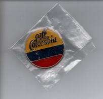 """Vend Pin's """" Café De Colombia """" Avec Fermoire (recto Voir Scan) - Beverages"""