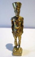 Fève En Métal Doré - L'Egypte Et Ses Divinités - Akhénaton - History
