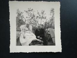 Lot De 80  PHOTOS  DE  PETITS FORMATS MALADE DANS LE JARDIN  TOURNAI HAINAUT BELGIQUE CHUTES D EAU  BUNGALOWS CONGO ? - Album & Collezioni