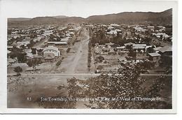 REAL PHOTO POSTCARD - NIGERIA -  JOS TOWNSHIP - THOMPSONN STREET --  B308 - Nigeria