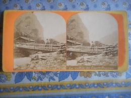 PHOTO STEREO 19 EME SUISSE LA VALLEE DE LAUTERBRUNNEN - Photos Stéréoscopiques