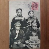 Enfants De Chateaulin.coiffes Costumes Bretons.édition MTIL 2166.rare - Châteaulin