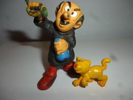 DG038 - Figurine Gargamel Avec Son Chat / Peyo / 1992 - Smurfs