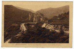 Cpa N° 111 LE MUR DE BARREZ Un Tournant Dangereux à La Cadène Route De Mur De Barrez - France
