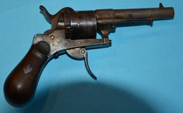 Beau Pistolet A Broche Calibre 7,65? Complet, Fonctionne ,voir Photos - Sammlerwaffen