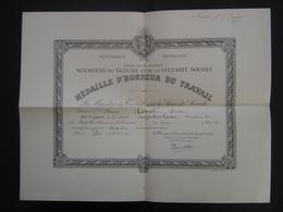Certificat MEDAILLE D'HONNEUR DU TRAVAIL Chef De Magasin Aux Jambons Francais Paris - Diplômes & Bulletins Scolaires