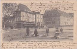 Villefranche De Rouergue Tres Animée L Aveyron Illustré Homme Avec Panier De Pains Boulanger Ou Cuisinier 1903 - Villefranche De Rouergue