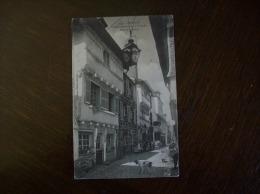 Carte Postale Ancienne De Carhaix: Rue De La Mairie - Carhaix-Plouguer