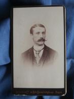 Photo CDV Benque à Paris - Portrait Homme Trés élégant, Belle Moustache En Guidon De Vélo Circa 1890 L396B - Ancianas (antes De 1900)