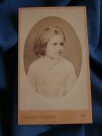 Photo CDV  Jagerspacher à Gmunden  Portrait Belle Fillette Blonde (Véra De Borck 1873) - L396C - Foto