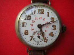 BELLE MONTRE ANCIENNE SANS MARQUE   FONCTIONNE BEAU MECANISME - Watches: Old