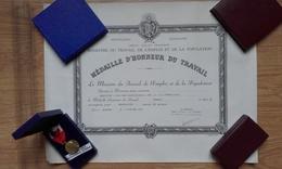 Diplôme Médaille D'honneur Du Travail - Vermeil 1971 - Diplômes & Bulletins Scolaires