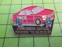 1118B Pin's Pins / Rare Et De Belle Qualité / THEME AUTOMOBILE : CARROSERIE CERTAIN CHINOISE - Badges