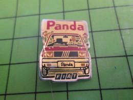 1118B Pin's Pins / Rare Et De Belle Qualité / THEME AUTOMOBILE : FIAT PANDA - Fiat