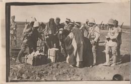 SYRIE - BELLE CARTE PHOTO QUI REPRESENTE UN GROUPE DE PRISONNIERS DRUSES TRAVAILLANT S/LA SURVEILLANCE DE LA LEGION ETRA - Andere Oorlogen