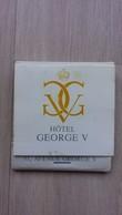 Zündholzheftchen Mit Hotel-Werbung (Frankreich) - Zündholzschachteln