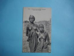AFRIQUE OCCIDENTALE  FRANCAISE  -  SENEGAL  -  Jeunes  Filles Saussais  -  Seins Nus  - - Mali
