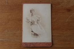 Cabinet  Femme Actrice ?  Dedicace A Identifier Vers1880 Jeanne ....  Par Reutlinger - Photographs