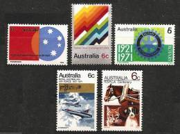 AUSTRALIA 1971 - Various Stamps Year 1971 5v - ** MNH Cv ±€1,10 K111b - 1966-79 Elizabeth II