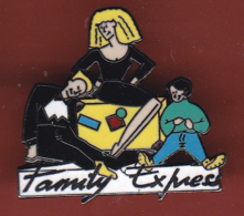 54231-Pin's.Family Express .pin Up - Pin