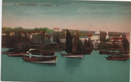 Bateau De Pêche Et Voiliers/  DOUARNENEZ/ Le Port/Lévy Et Neurdein /1931      MAR57 - Fishing Boats