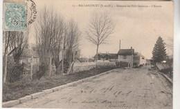 Cpa 91 Ballancourt Hameau Du Petit-Saussaye L'Entrée - Ballancourt Sur Essonne
