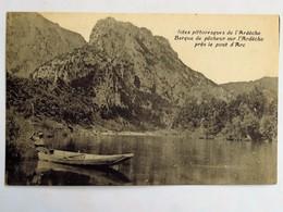 C.P.A. : 07 Barque De Pêcheur Sur L'Ardèche Près Le Pont D'Arc, Animé - Vallon Pont D'Arc