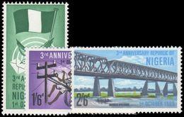 Nigeria 1966 Third Anniv Of Republic Unmounted Mint. - Nigeria (1961-...)