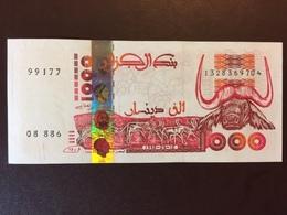 ALGERIA P142 1000 DINARS 1998 UNC - Algérie