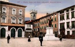 Trento - Piazza Della Posta E Monumento Alessandro Vittoria (877) * 12. 4. 1918 - Trento