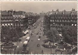 Paris: BUICK SEDANET, RENAULT 4CV, TN6, PEUGEOT 203, CITROËN TRACTION AVANT, CABRIOLET - (1955) - Toerisme
