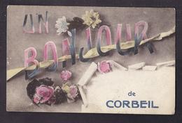 CPA 91 - CORBEIL - UN BONJOUR De CORBEIL - Très Jolie CP Fantaisie Sur La Ville + TAMPON MILITAIRE Verso - Corbeil Essonnes