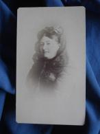 Photo CDV Sans Mention - Portrait Femme, Coiffée D'une étoffe, Circa 1890 L397B - Photographs
