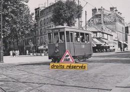 Motrice N°15 De La Ligne C Du Tramway De Versailles (78) - - Versailles