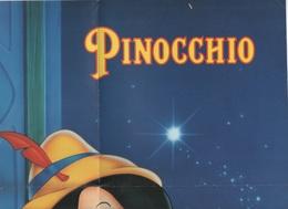 AFFICHE / POSTER PINOCCHIO - WALT DISNEY HOME VIDEO - WINNIE LE MAGAZINE QUI FAIT MARCHER LA TETE ET LES DOIGTS - Posters