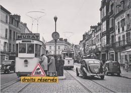 Motrices 15 Et 16 Du Tramway De Fontainebleau (77), Rue Grande  - - Fontainebleau