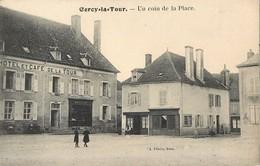 CERCY-LA-TOUR UN COIN DE LA PLACE HOTEL ET CAFE 58 - Frankrijk