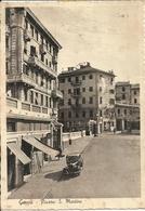 Genova (Liguria) Piazza San Martino E Auto D'Epoca, St. Martino Square And Car, Place St. Martino Et Voiture - Genova (Genoa)
